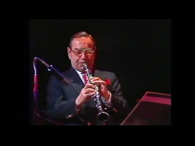 Bugle Call Rag Peanuts Hucko 1990
