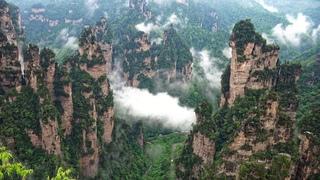 """""""Avatar"""" Mountain & Wulingyuan Scenic Area, Zhangjiajie, China in 4K Ultra HD"""