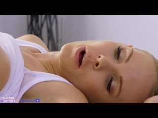 [SexyHub] Florane Russell, Emily Bright [porno hd porn lesbian лижу пизд девушк лесбиянк порн секс куни молод лесби страпон голы