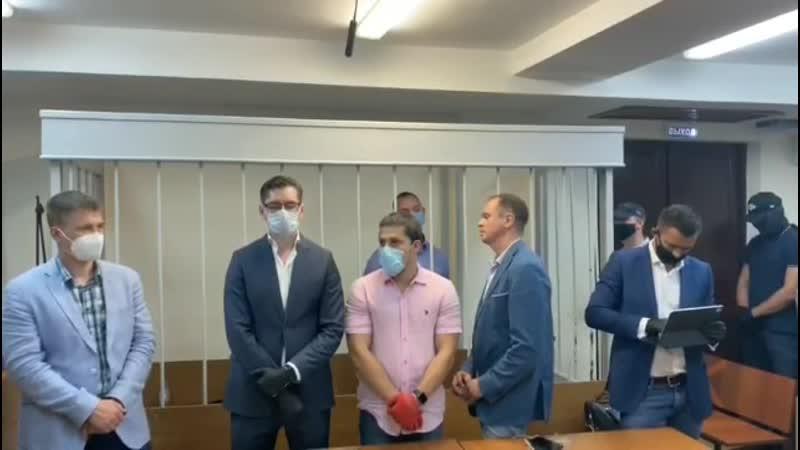 Ивана Сафронова отправили под арест на два месяца