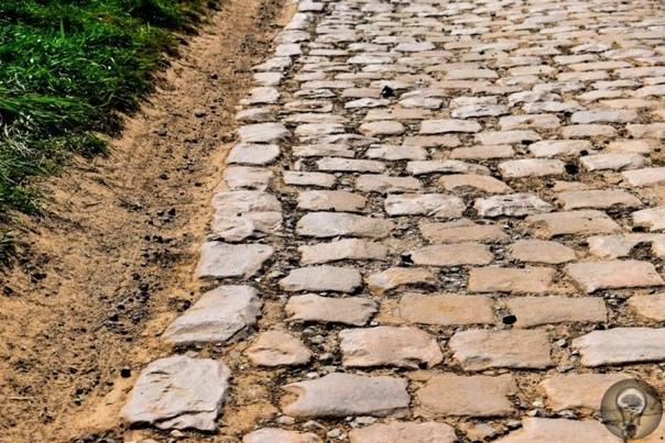 Самая опасная велотрасса Франции вымощена булыжниками.