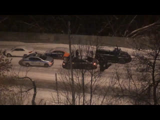 Сливают бензин с каршеринга в Орехово-Борисово