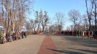 День освобождения Наровли отметили митингом и масштабным автопробегом