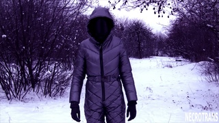 Winter walks in silver ski overalls and a panoramic gasmask GP-18. Steel-colored suit and black mask
