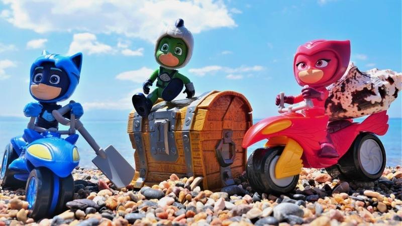 Pijamaskeliler ile korsan oyunları Korsan gemisi ile hazine arama videosu Disney kahramanları