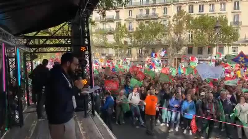 """Parigi, contro la legge per la """"Paternità Medicalmente Assistita"""" alle coppie di lesbiche Maurizio Blondet 7 Ottobre 2019"""