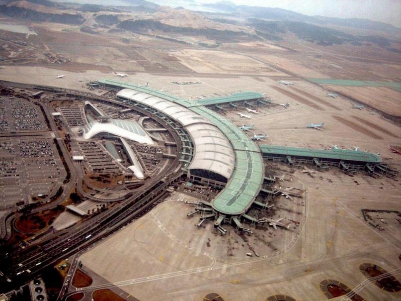 Невероятные аэропорты, в которые точно захочется вернуться, изображение №5