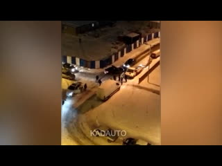 Массовая драка на ул. Елизаветинской в Калининграде.