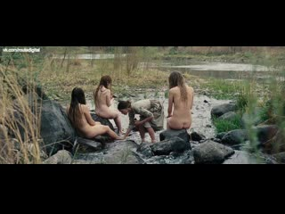 Hilary Swank, Sonja Richter, Miranda Otto, Grace Gummer - The Homesman (2014) Соня Рихтер, Миранда Отто, Грэйс Гаммер - Местный