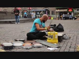 Dario Rossi - удивительный уличный техно музыкант ONE DAY RECORDS