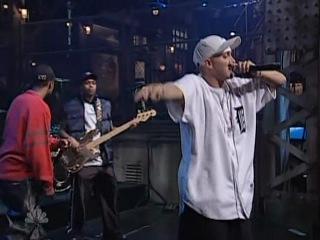Eminem - The Real Slim Shady (Live @ SNL, 2000)