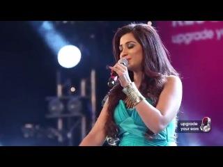 Tujhme_Rab_Dikhta_Hai_by_Shreya_Ghoshal_live_at_Sony_Project_Resound_Concert_medium