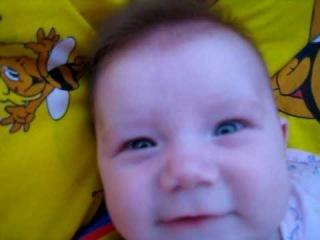 малышка ругается(4 месяца)