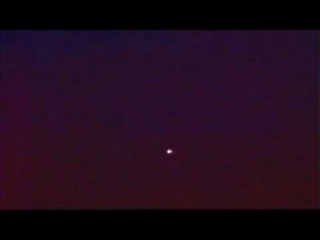 GLOWING UFO 27th April 2012 ISS