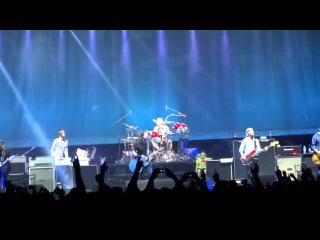 Foo Fighters - These Days - Live in Prague Praha 2012 HD
