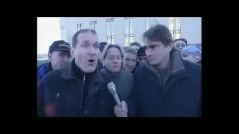 6 кадров 'Репортаж с улицы, где ничего не происходит'.mp4