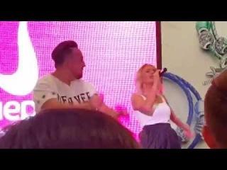 "Vlad Bostan ft. TaYa ft. AlexCor - Без Тебя (ТРЦ ""Галерея Новосибирск"")"