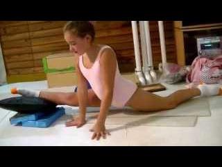 Escuela Sudamericana de Ballet-1st Part-Ballet stretchings-Over splits exercises-Ballet Class