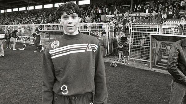 Марко ван Бастен в детстве