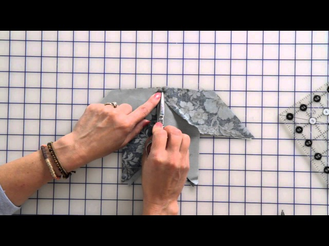 How to Sew a Beginner Eight Point Star Quilt Block by Edyta Sitar Fat Quarter Shop