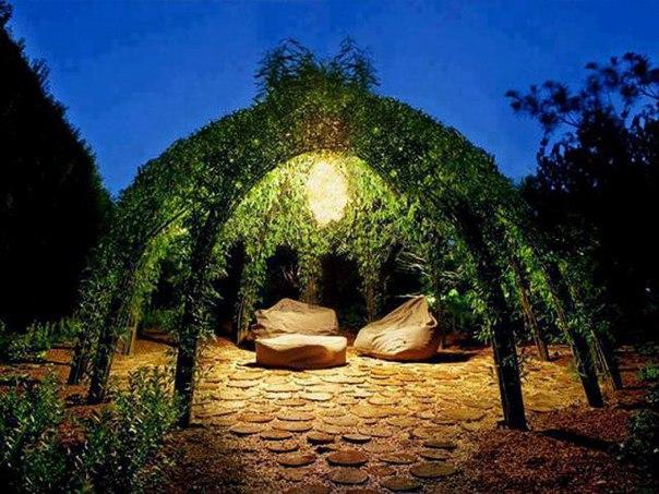 [club1874601|Зона отдыха в саду. Беседка.]