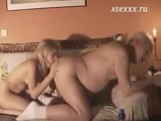 Секс со стариком.