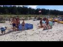 Wściekły dzik wypływa z morza i atakuje ludzi (POLSKA PLAŻA XD)
