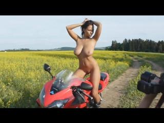 Erotica photo moto 18+ hot girl