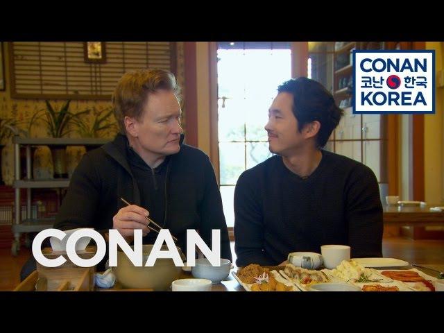 Conan Steven Yeun Enjoy A Traditional Korean Meal
