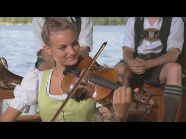 Vom Rebstock zum Wein von Jung und Frisch Zsammg'spuit Junge Musikanten am Reutberg