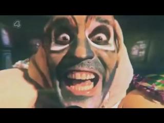 Noel fieldings luxury comedy series ghost of fleas birthday song