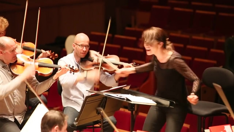 Алондра де ла Парра - Репетиции с оркестром Парижа