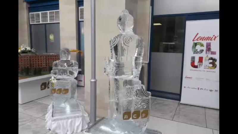 Ледяные скульптуры Рыцари от компании ЛСР на дне рождения Gold Union House www.maryice.ru MariaCrystalIce7-905-204-77-53