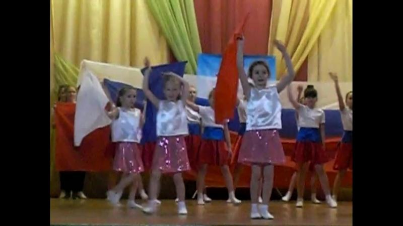 Танец Моя Россия. Луковецкая СШ. Учитель года. 15.12.17.