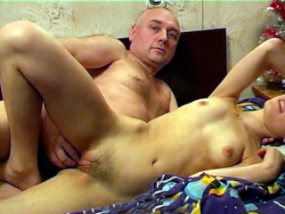 секс эротика папа и дочку