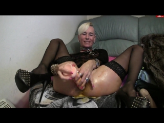 lady-isabell666 in Inserting and egg and self fisting her holes