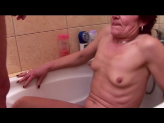 Young boy used and seduced by three mature mothers (инет)