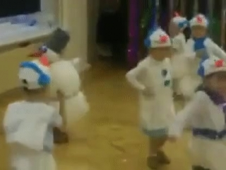 Когда у всех дети как дети, а твой веселый снеговик!!!