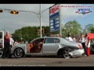 Битые дорогие автомобили