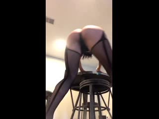 Kendra lust ass twerking! want to see more!