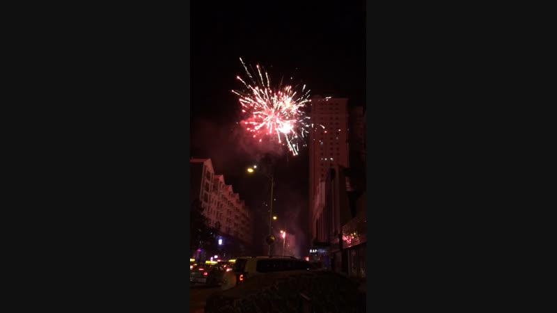 Китай Новый год 2019 Салют