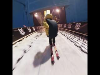 Сальто на лыжах, на камеру 360 градусов