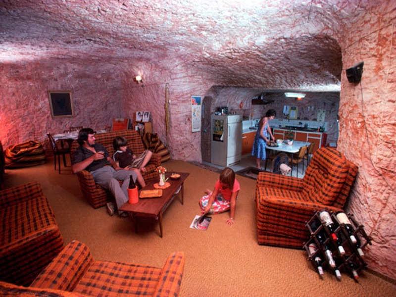 Изгнанные солнцем: город Кубер-Педи, где люди живут под землей.
