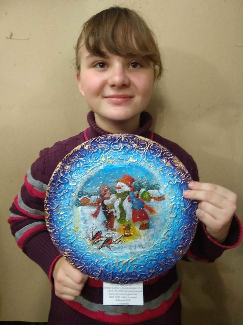 Приняли участие в первом этапе республиканского конкурса новогодних украшений «Зимняя сказка»