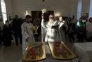 В саратовском храме апостола Иоанна Богослова освятили иконы для иконостаса
