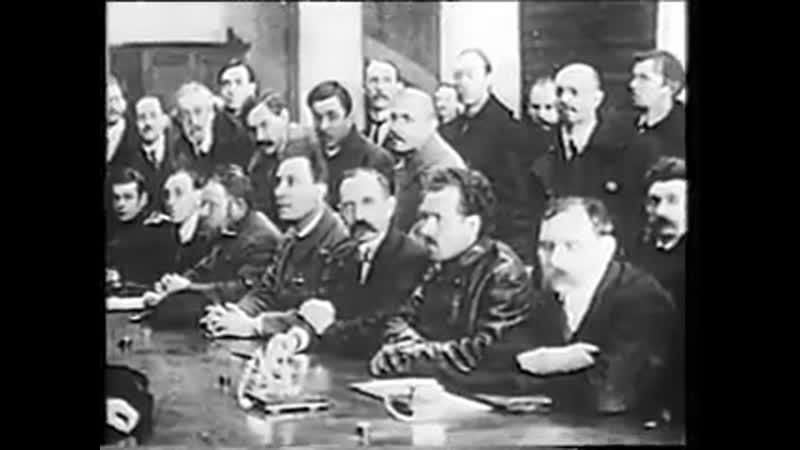 От Военного Коммунизма к НЭПу . Советско - Польская война .
