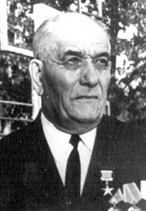А. Саберзянов