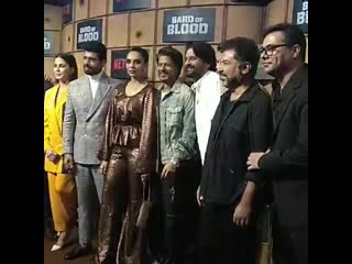 The star cast of bardofblood with the baadshah of bollywood at the show premier ️