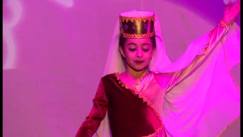 Թամնե պարի ստուդիա մենապար,, Գայանե Սաֆարյան