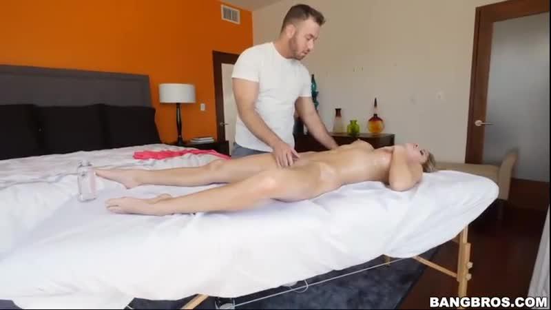 Порно Land, Сделал массаж грудастой сучке Massaging Jessa Rhodes Bang Bros
